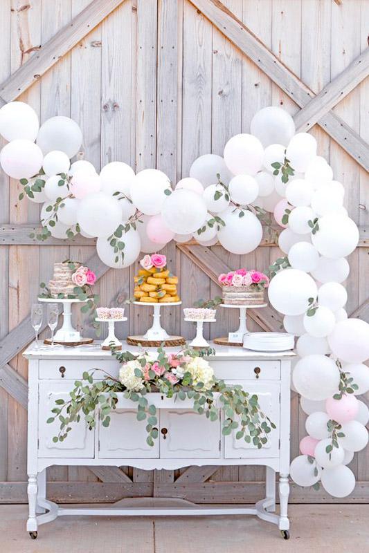 Addobbi per feste in giardino - come addobbare la tavola