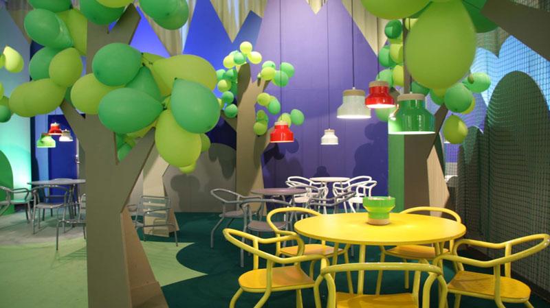 Allestire spazio ristoro con palloncini - 1